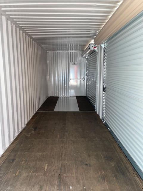 rollup-doors-inside-shut Roll-up Doors